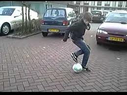 Ground Moves (street soccer – futsal)